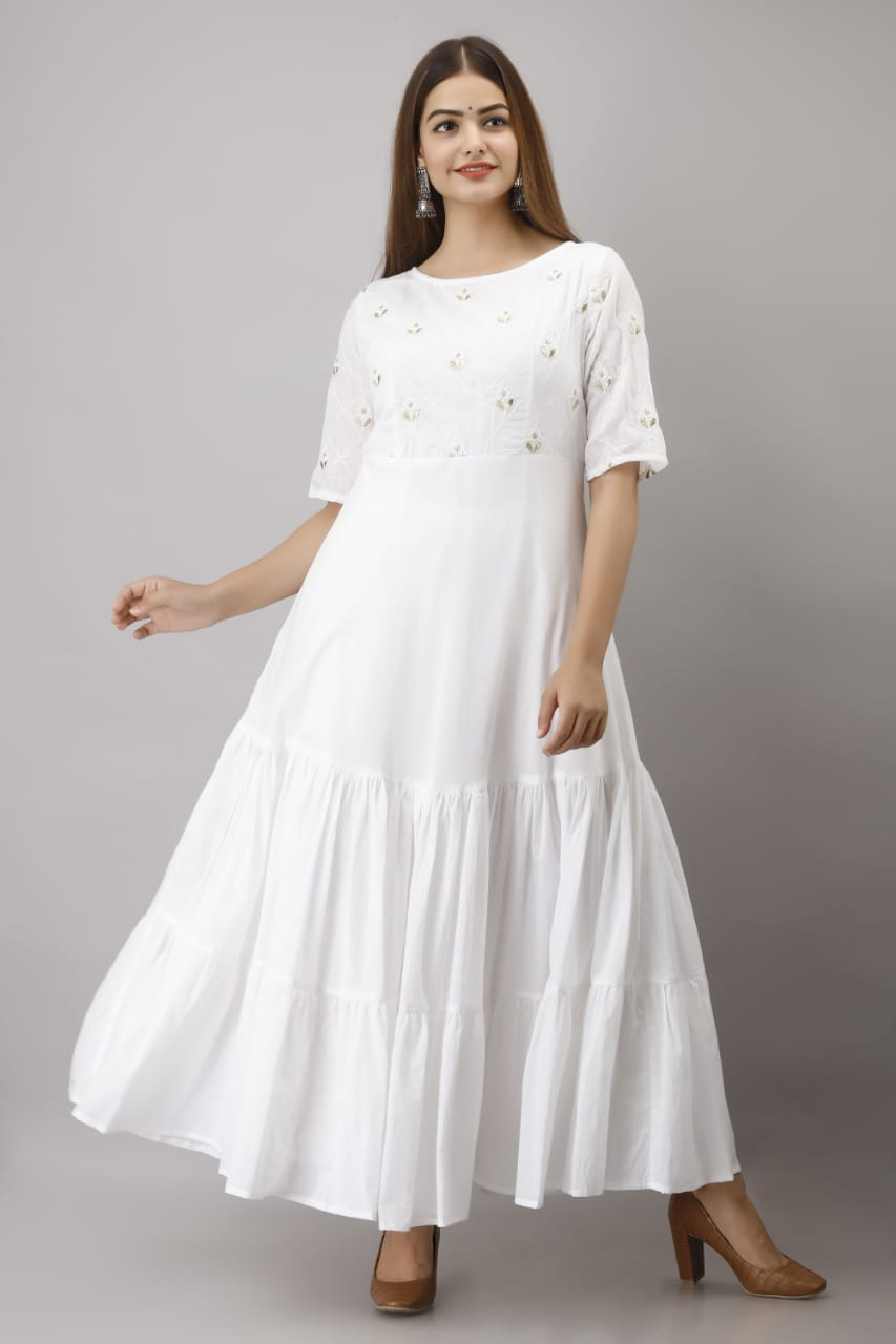RN0148  Long gown